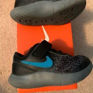 Nike flex contact 6c toddler boy shoes